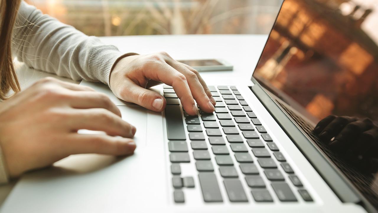 Rencontrez linnocent en ligne comique